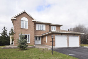 Beautiful Home for Sale in Nepean