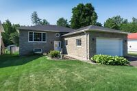 Fully loaded custom bungalow near the water!