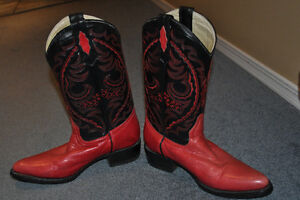 LEATHER LADIES COWBOY BOOTS