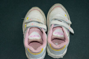 Girls sneakers size 9