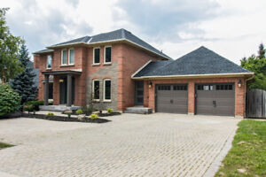 Stunning Ancaster Executive Home For Sale
