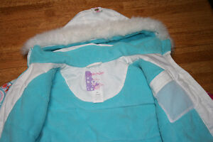 BELLE HEDGE ski jacket and pant set for girl size 6 London Ontario image 4