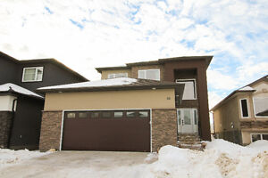 www.99Bridgewood.com-Gorgeous 5BR Family Home In Great Location!
