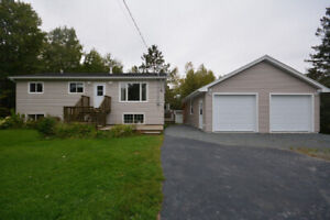 Great Family Home with Detached Garage - South Rawdon