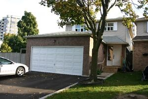 3+1 BEDROOM HOUSE in Markham