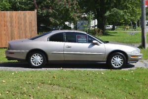 1995 Buick Riviera Supercharged Berline