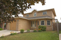 Beautifully renovated large home in west Hamilton mountain
