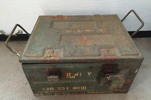 Vintage WW2 Ammunition Metal Box 1942
