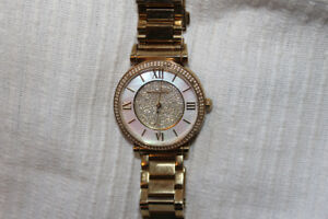 Gold & Pearl Micheal Kors Watch