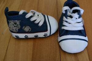 Boys shoes - Size 0-3 months