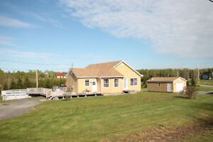 Westville - One owner bungalow, on 7 ac, 4 bed/2.5 bath, POOL!