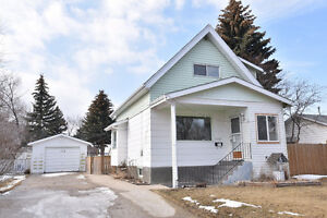 1318 Connaught Avenue, Moose Jaw