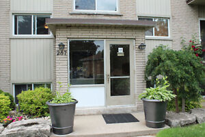 2 Bedroom Apartment in Hespeler $1,100/month.