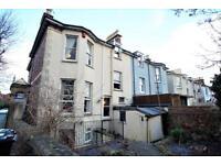 3 bedroom flat in Alma Road, Clifton, Bristol, BS8 2DB