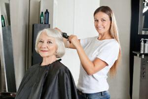 Recherche coiffeuse pour Résidences de personnes âgées