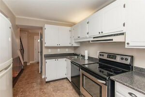 Room Near Waterloo, Laurier and Conestoga