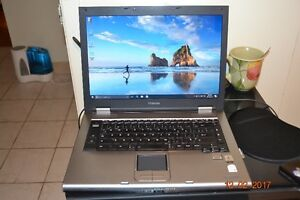 Toshiba Laptop Intel duo core 2.0 Ghz, 90 Gb HD, 2.0 Ghz memory