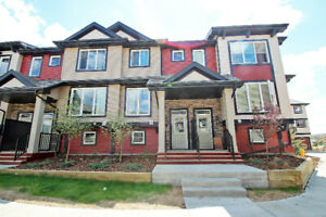 CALLAGHAN 2-STOREY,  DOUBLE MASTER TOWNHOUSE WITH DOUBLE GARAGE
