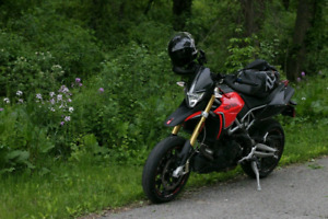2014 Aprilia Dorsoduro 750 absolutely NEED SOLD BEFORE WINTER