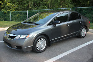 2010 Honda DX-G Sedan, seulement  94,000 km, Trés propre