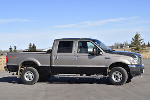 2004 Ford F-350 lariat super duty crew cab  gold Pickup Truck
