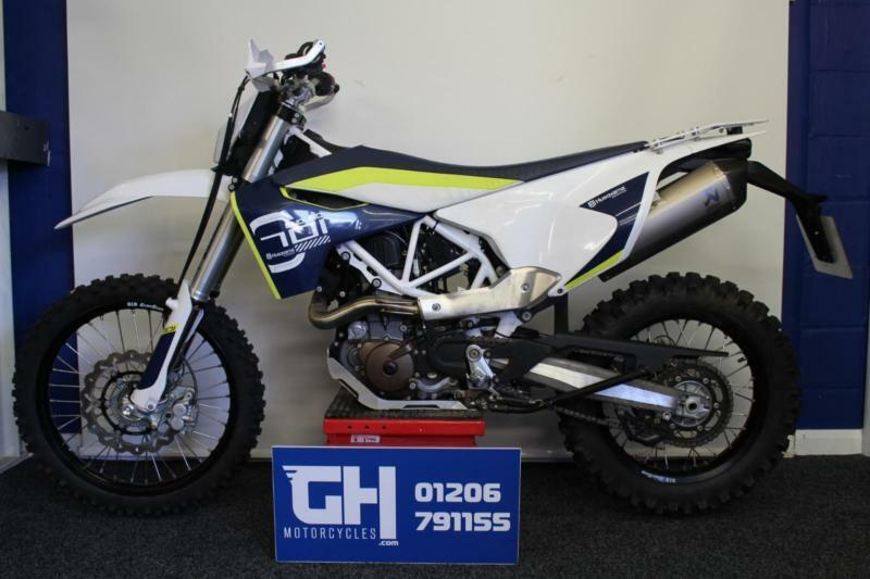 2016 husqvarna 701 enduro 1 100km 1 owner akrapovic. Black Bedroom Furniture Sets. Home Design Ideas