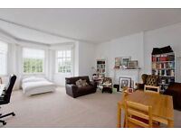 1 bedroom flat in Hamilton Terrace, St Johns Wood, NW8