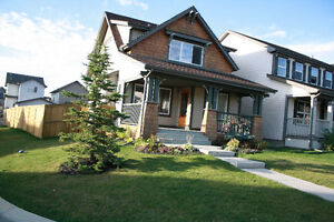 Beautiful 3 bedroom home in Evergreen SW - Immediate Availabilit