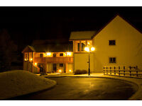 Aviemore holiday let, scandnavian village villa, sleeps 6 people. pets allowed.