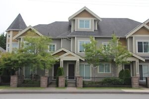 $2650 Furnished like new 5 Br Townhouse close to Mall (Richmond)