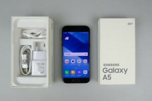 Samsung A5 2017- Brand New - Still in the Box