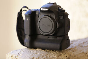 Selling Canon 60D + Ef 17-40mm f/4L + MORE! New Condition!