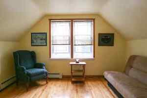 1 bedroom Upstairs Apartment