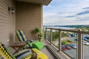 Large, 2 Bedroom Executive Condo with Water View!