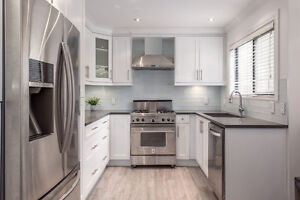 Furnished townhouse near Granville Island