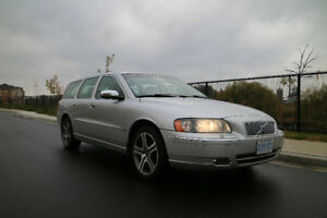 2006 Volvo V70 Wagon Automatic AC, loaded, please read the ad