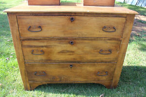 Old 3 Drawer Dresser with Mirror London Ontario image 5