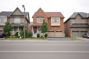 Over 3000 Sq.Ft Detached Home in Milton. Buy Before its Gone.