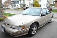 1997 Oldsmobile Cutlass Supreme Sedan