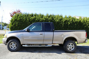 RARE - 2003 Ford F-150 HERITAGE EDITION XLT Supercab 4X4 -- 78km