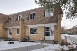 REDUCED!Fantastic Condo with 4 bedrooms in Kilkenney NE Edmonton