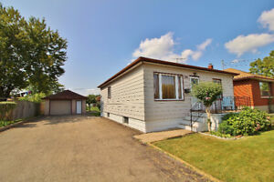 3 Bedroom Port Colborne Bungalow w/ 1.5 Car Garage