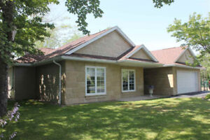 One Level 3 Bedroom Home for Rent in Lake Echo!