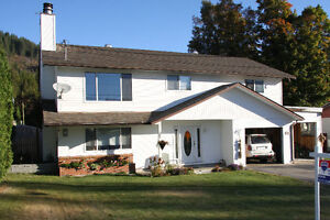 Beautiful family home in Fruitalve - a must see!