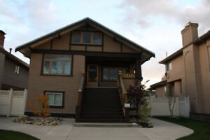 ►Beautiful Character House in North Burnaby 4 Bedroom & Attic