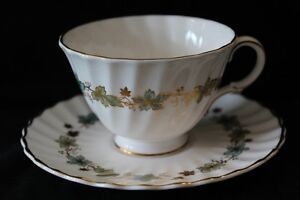 ROYAL DOULTON TEA CUPS & SAUCERS