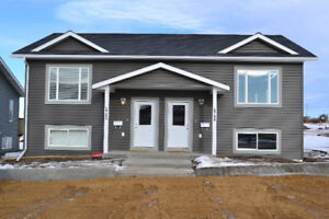 3 Bedroom Furnished Duplex in Dawson Available   Oct 15- 2019