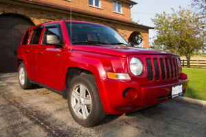 2010 Jeep Patriot North SUV, LOW KM!! Can safety upon request.
