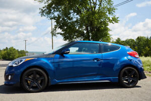 2016 Veloster Turbo - Fully Loaded - Low KM's