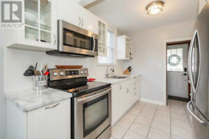 Modernized Home In Prime Rosedale Area